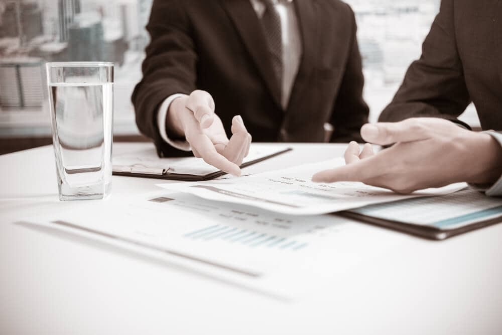 4 Tips for Attorneys to Improve Communication with an Inexperienced Medical Expert Witness